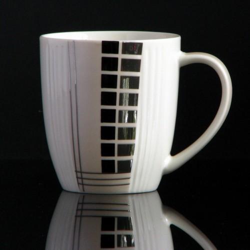Teebecher oder Kaffeebecher aus Keramik 0,33 Liter (Eleganz - Rechtsecke)